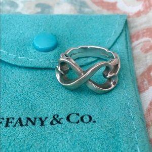 Tiffany & Co Paloma Picasso Heart Infinity Ring 6✨